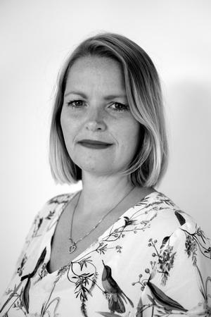 """Debatinterview om """"den rigtige"""" måde at være mor og holde barsel på med Lisbeth Odgaard Madsen, der er stifter af Potential Co og forfatter til bogen """"Ambitiøse Mødre"""".  FLEKSIBEL TID - BLOt EFTER KL 12. AFTAL SELV MED LISBETH I GOD TID"""