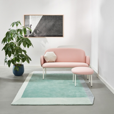 light pink dost sofa