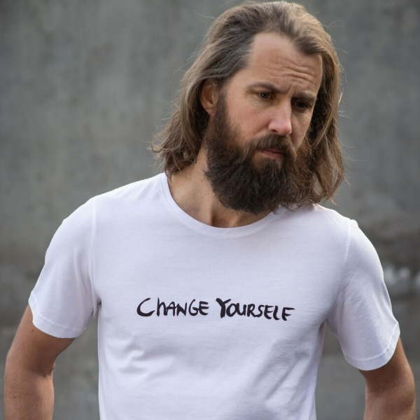 Change Yourself, unisex t-shirt, Jeppe Hein, Politikens Forhal, WWF