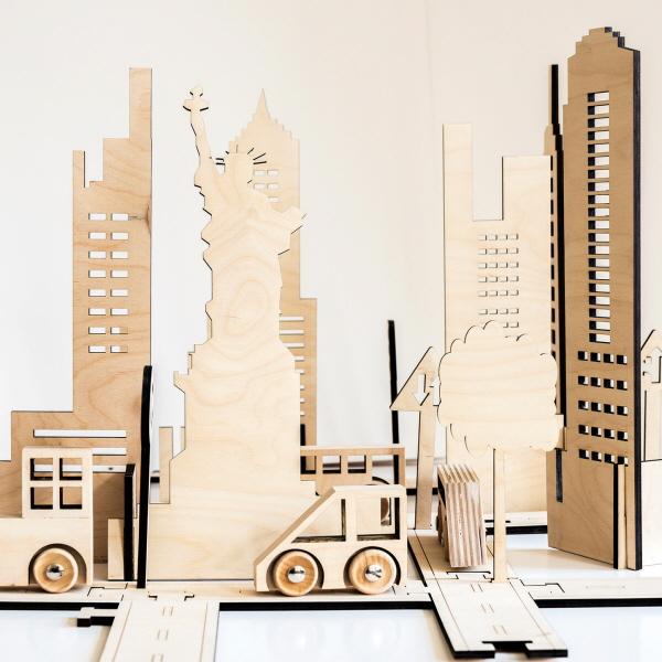 3c8aaf4b Capital Cities & Autos byggeserie legetøj - Politiken PLUS