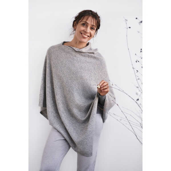 Lena light grey poncho care by me
