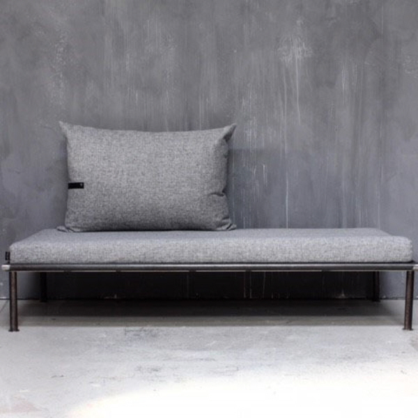 Sort day bed - 1.	Louise Smærup Design