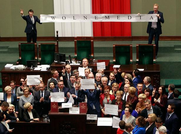 Czarek Sokolowski/AP