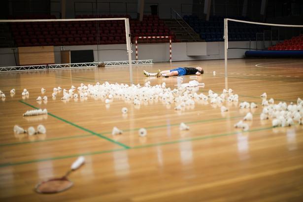 Anders Antonsen nærmer sig hurtigt verdenseliten i badminton, men inden han for alvor kan tage kampen op, skal der trænes. Hårdt.
