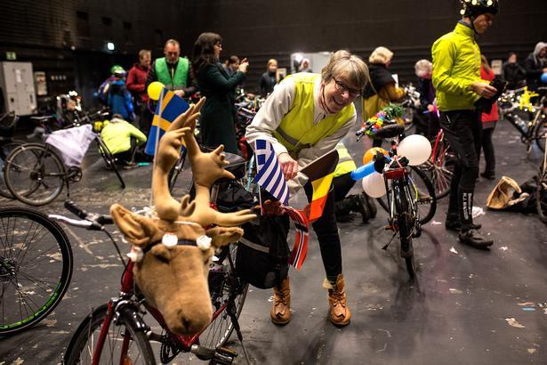 Kun fantasien begrænser udsmykningen af cyklerne til 'Dawn Ride'.