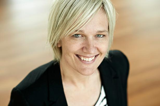 Ph.d. Merete Møller anbefaler de unge sportsfolk at føre træningsdagbog. Ellers kan ingen kontrollere den fysiske træningsmængde, de udsættes for.