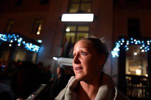 Landsholdsspilleren Sanne Troelsgaard håber, at spillernes sammenhold under konflikten også er en fordel på banen mod Ungarn i aften.
