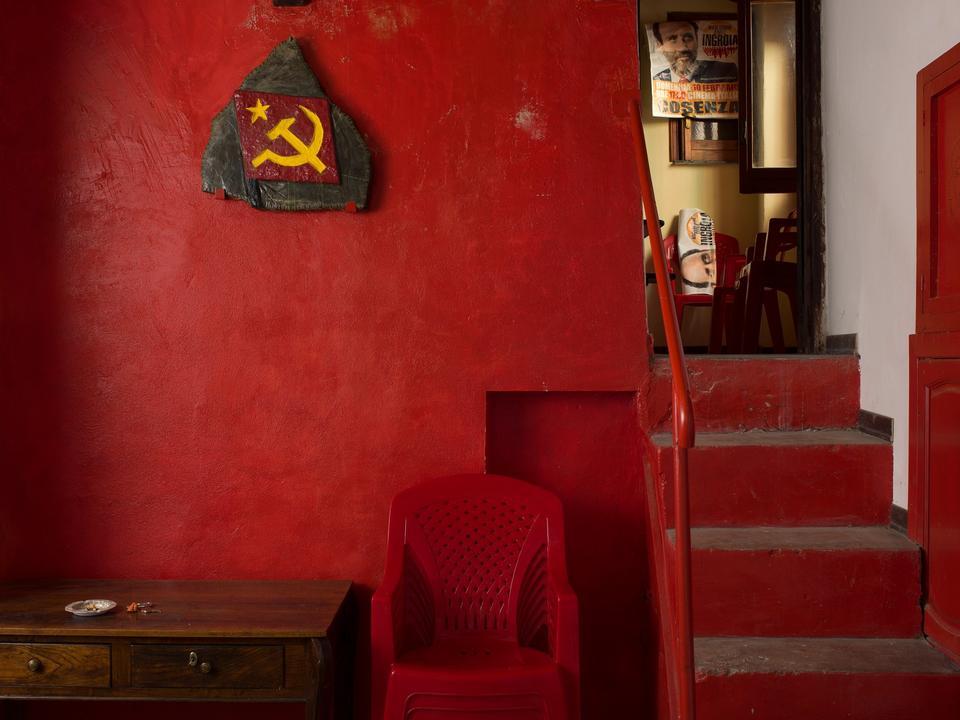 Italien. Hos partiet Partito della Rifondazione Comunista også kendt som PRC: Circolo Che Guevara - i Verbicaro, Calabria.