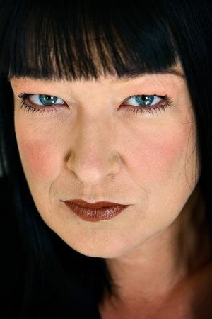 Synnøve Søe er aktuel med sin første roman i 12 år. Hun er fotograferet ved sit hjem på Bornholm.
