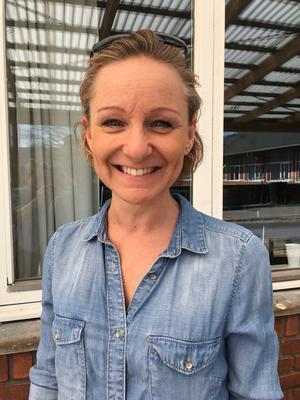 Camilla Carlsen, lærer