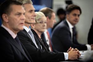 Danske Bank fremlagde i går en rapport, der afdækkede den enorme hvidvask, der er foregået i bankens estiske filial. Fra venstre ses bankens formand, Ole Andersen og direktøren Thomas Borgen.