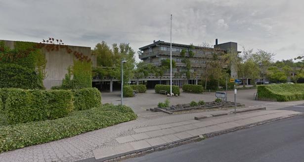 Bygningerne har også huset asylcenter.