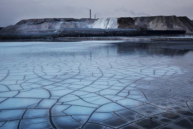 Et andet billede, som Lu Guang har taget for Greenpeace i 2010 under overskriften 'Udvikling og forurening'.