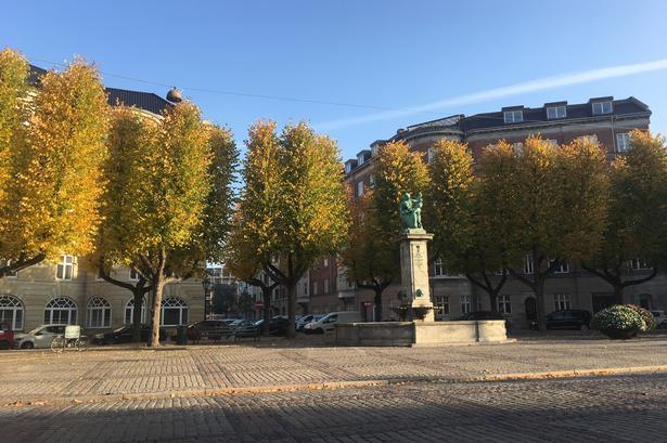 Sankt Thomas Plads, Frederiksberg Allé.
