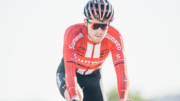 Casper Pedersen i det nye, rød-hvide Sunweb-dress, som han har kontrakt på at bære til udgangen af 2021. Foto: Team Sunweb.