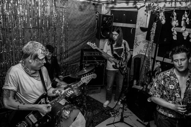 Big Mess er et af de seneste bands fra Danmark, der er blevet omtalt i Maximum Rocknroll.