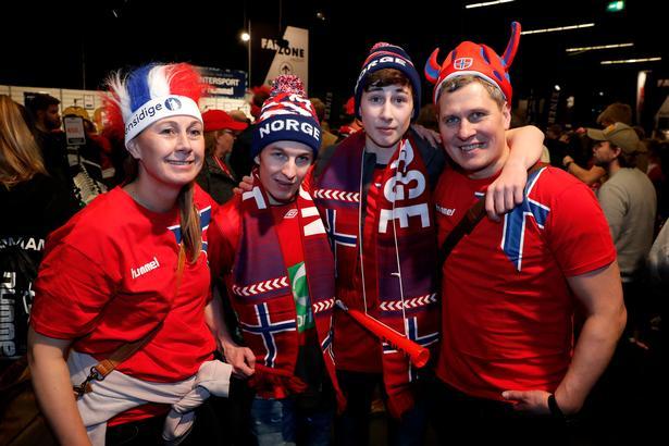 Familien Johansen fra Tromsø: Babro, Aslak, Ask og Isak.