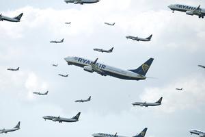 ** NB! Ved publicering nævnes tydeligt at her er tale om en fotomontage** Ryanair - illustration Flyselskabet Ryanair er, målt på antal passagerer der flyver til og fra Københavns Lufthavn, det tredjestørste flyselskab.