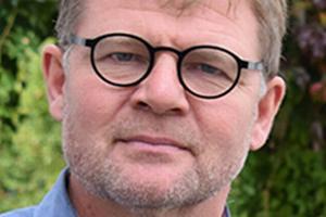 Torben Vind Rasmussen var i 2009 med til at stifte Ryslinge Efterskole, som han siden har været forstander på.
