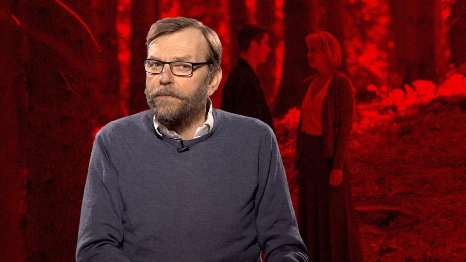 b29f53e83d7 Trine Dyrholm glimrer i sexdrama til 6 hjerter: 'Dronningen' er meget mere  end sit på papiret kinky emne. Den er et hovedværk i dansk film -  politiken.dk