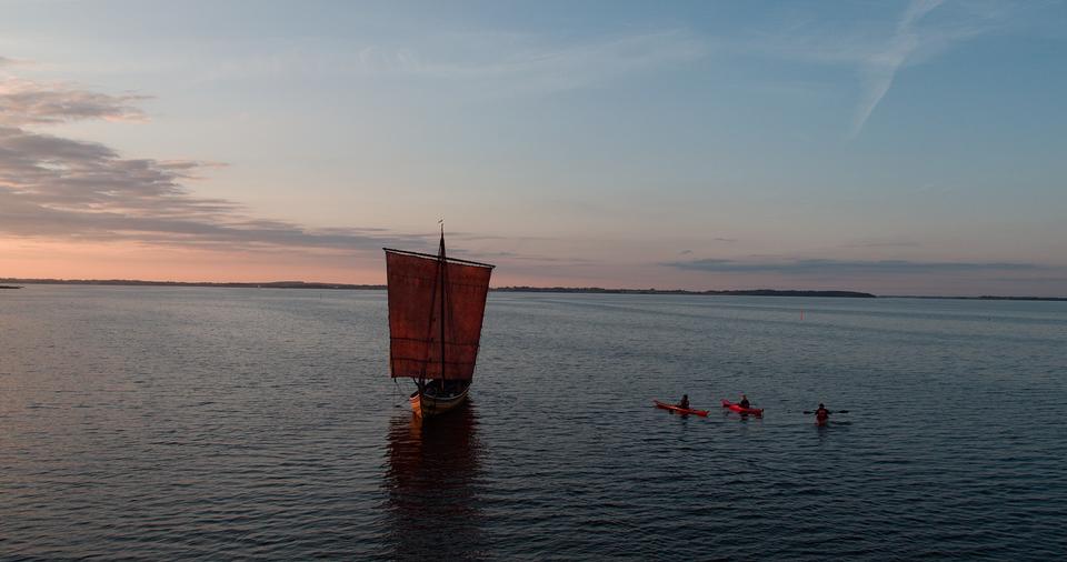 Vikingeskib i Roskilde Fjord.