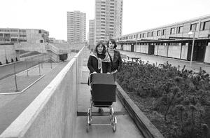 Højhusene fotograferet i 1974.