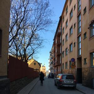 Bastugatan i Södermalm, Stockholms gamle arbejderkvarter som modsat Norrmalm stadig er præget af byggeri før 1950. KLIK PÅ BILLEDET FOR AT FORSTØRRE DET.