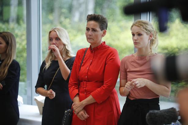 Flere politikere var til stede ved arrangementet på Marienborg. Her ses  Nye Borgerliges Pernille Vermund, SF-leder Pia Olsen Dyhr og Pernille Skipper fra Enhedslisten.