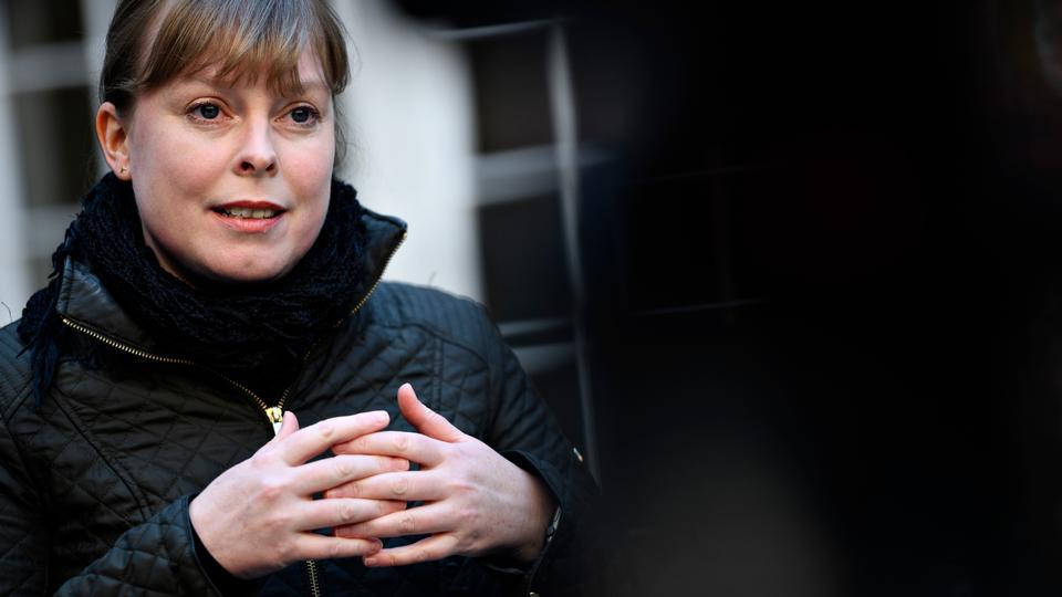Kulturminister Joy Mogensen: Nu kan kunstnere få penge for et...