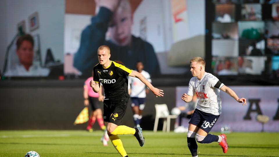 8.300 tilskuere til AGF-FCK, EM-topscorer stopper og FC...
