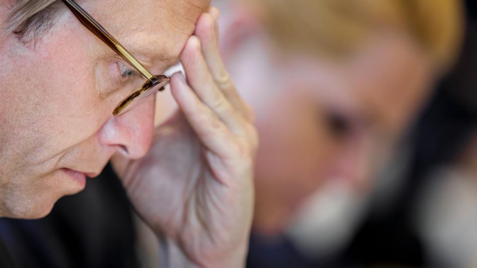 Topembedsmand truede Støjberg med at gå til...