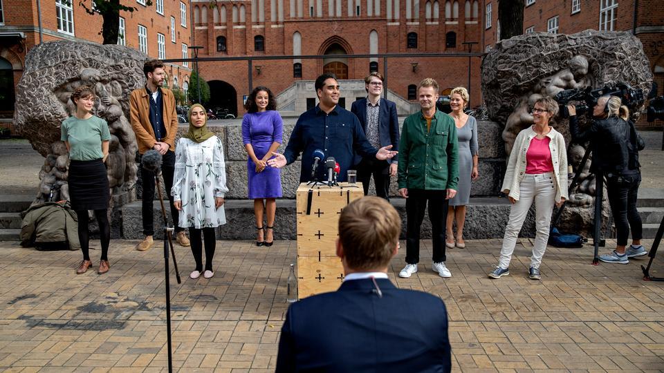 Madsen Magten: »Elbæk ville feste med alle, Sikandar -...