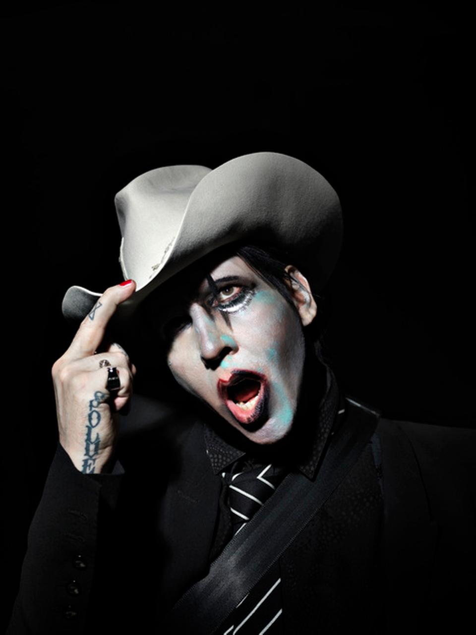 Musically Halloween 2020 Marilyn Manson gradually looks like an accountant on her way to a