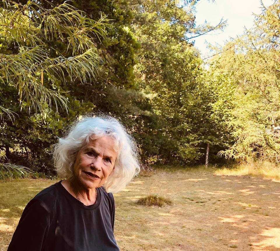 Dansk kulturhistorie: Hun debuterer i en alder af 72 år med en roman om sin mystiske bedstefar