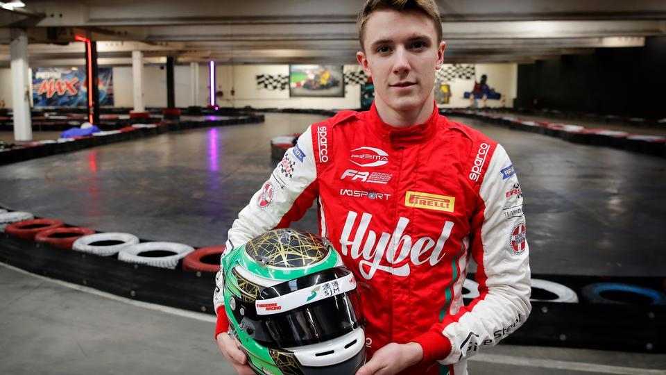 19-årig dansk racerkørers karriere får et kæmpe boost...