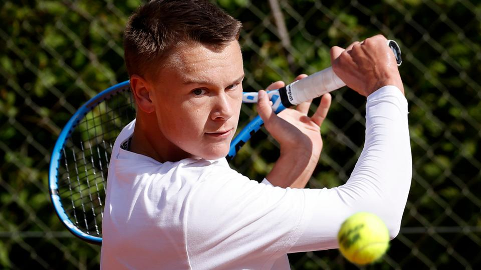 17-årige Holger Rune tager sæsonens første titel