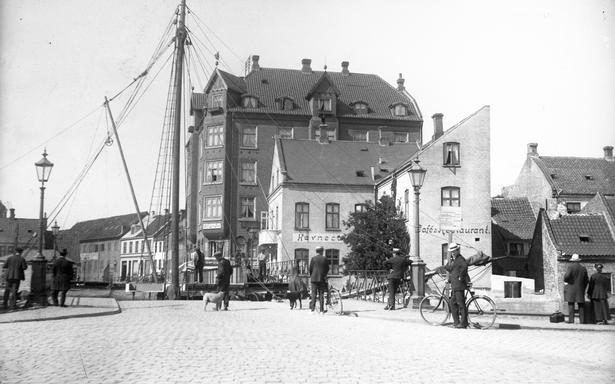 Hammerschmidt foto  og Aarhus Arkivet.
