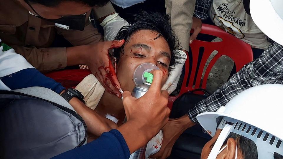 FN fordømmer : Mindst 18 demonstranter er søndag dræbt i Myanmar