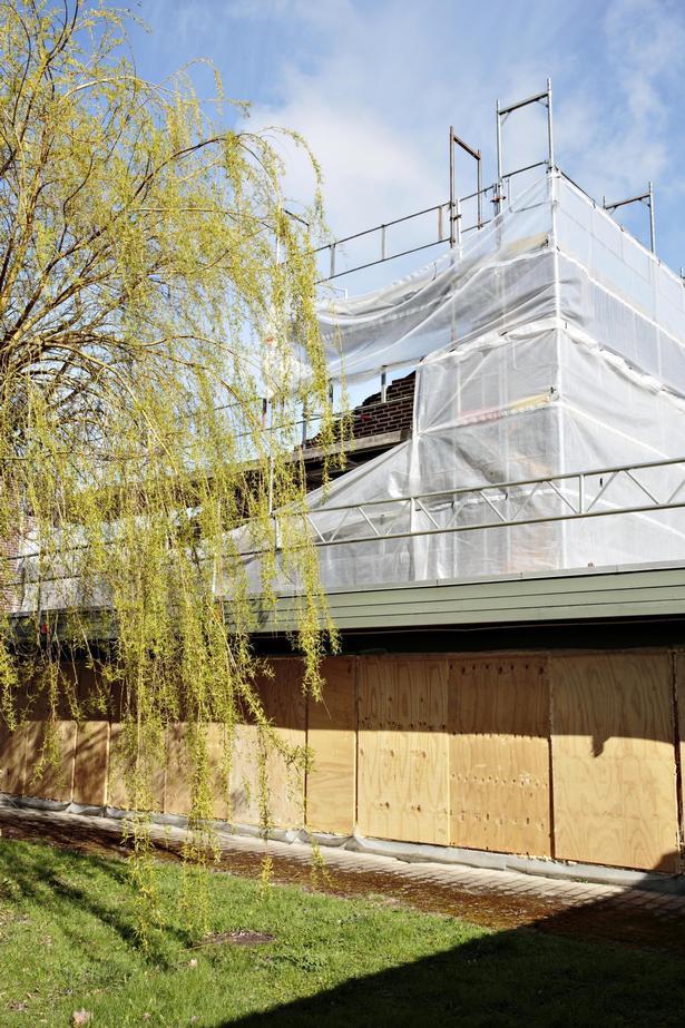 Hedelyskolen i Greve optimerer skolens bygninger, hvor den uønskede miljøgift PCB blandt andet fjernes.