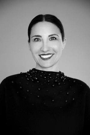 Sara Stockmann, filmproducent, står bag filmselskabet Sonntag Pictures, som hun stiftede i 2012. Sara har været producerkraften bag nogle af dansk films mest dagsordensættende dokumentarfilm her i landet og internationalt, blandt andet 'Armadillo' (2010). Hun står i år bag fire markante dokumentarfilmpremierer, blandt andet den aktuelle 'Vold i kærlighedens navn' af Christina Rosendahl og 'Bobbi Jene' af Elvira Lind, der vandt alle hovedpriser på Tribeca Film Festival og har dansk premiere 7. december 2017.