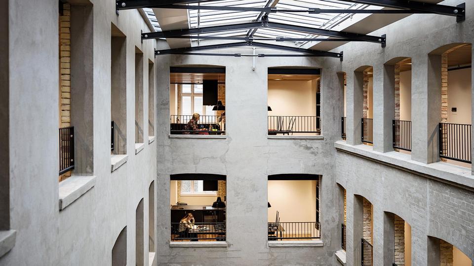 Nye ældreboliger på indre Frederiksberg er yderst lækre, men man skal lægge op til 30.000 kroner ...
