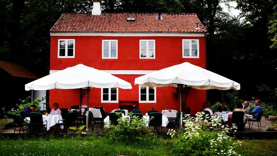 Madanmeldelse af Den Røde Cottage fra politiken.dk