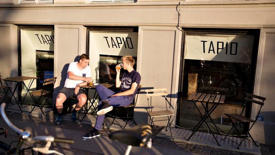 Hyggelig Østerbro-bar serverer nordiske øller og elendig akustik - politiken.dk
