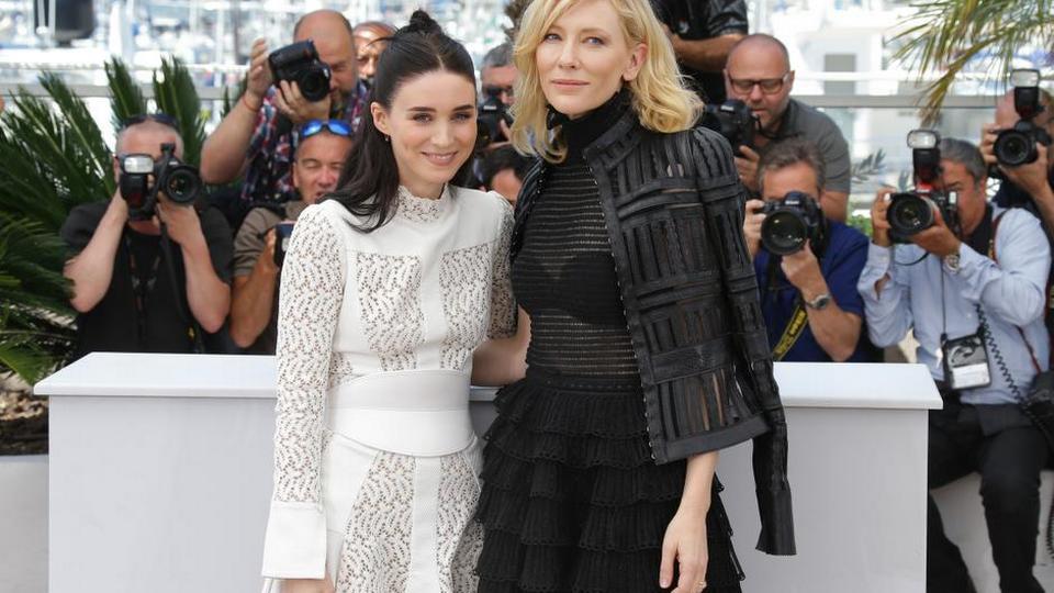 14 Scener Fra Cannes 3d Pik Ejakulerede På Journalister Og Colin
