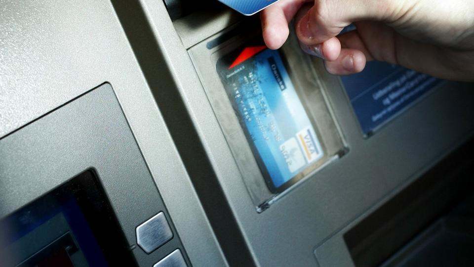 ekstra bladet dk hæv euro i automat