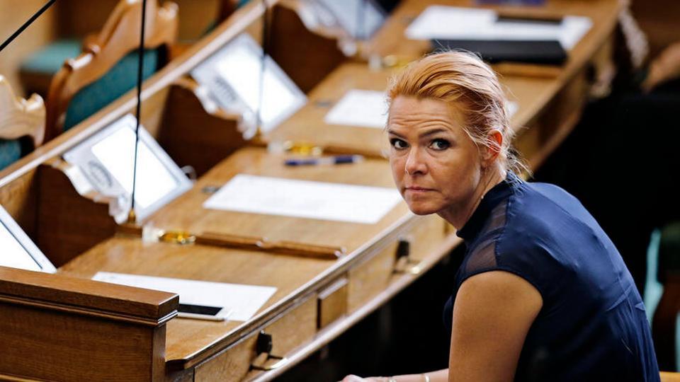Støjberg erkender tvivl om integrationsydelse - politiken.dk