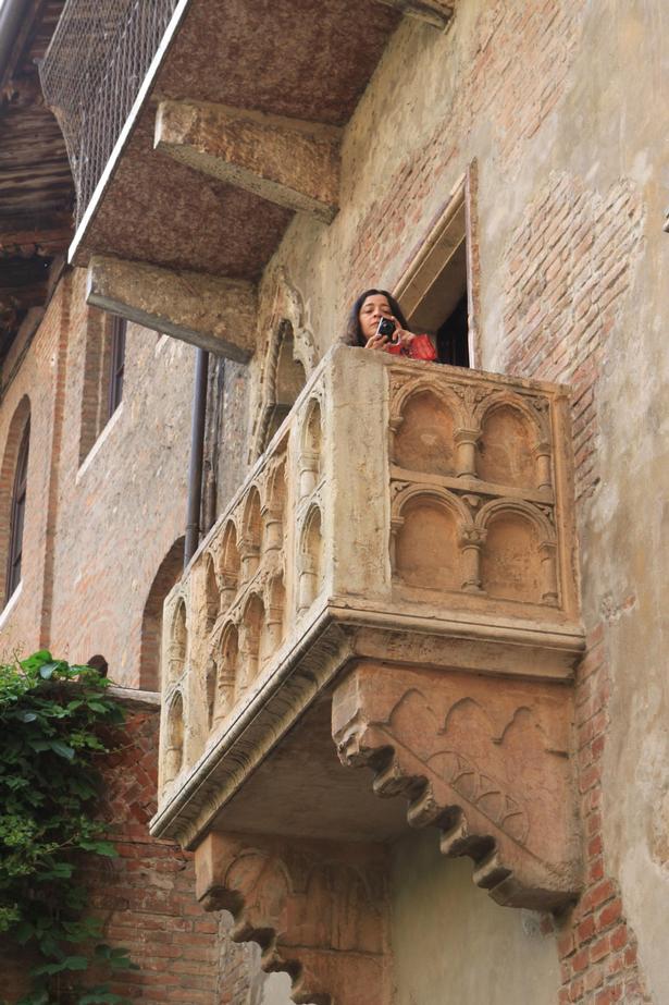 Den romantiske balkon i Casa di Giulietta, Julies Hus.