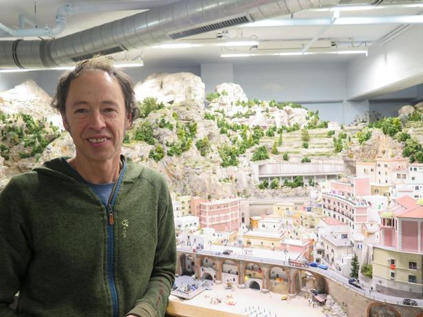 For tiden glæder Gerrit Braun sig mest over det italienske landskab, fordi det er Minatur Wunderlands seneste nyhed.