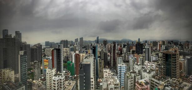 Den fantastiske udsigt over Hong Kong fra hotellets 27. etage.