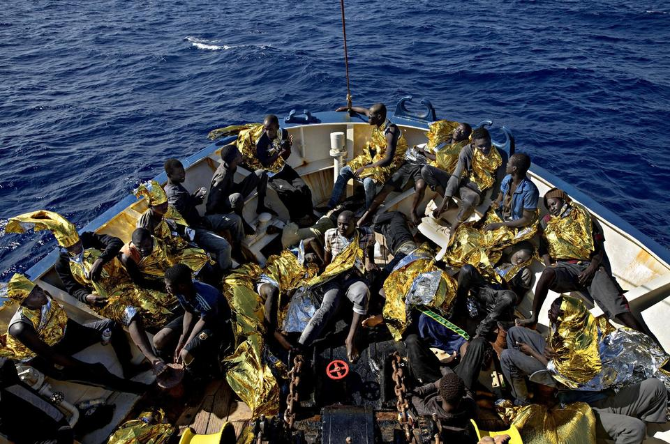 After three days at sea, 'Sea Watch 2' rescues 134 people. The refugees ran out of water on the second day at sea, and three people died when they fell over board.